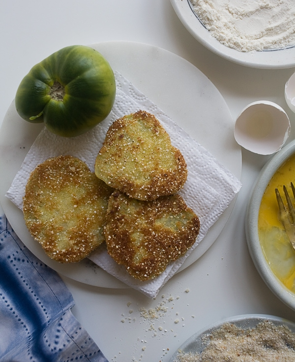 Fried Green Tomato Grilled Cheese // www.acozykitchen.com