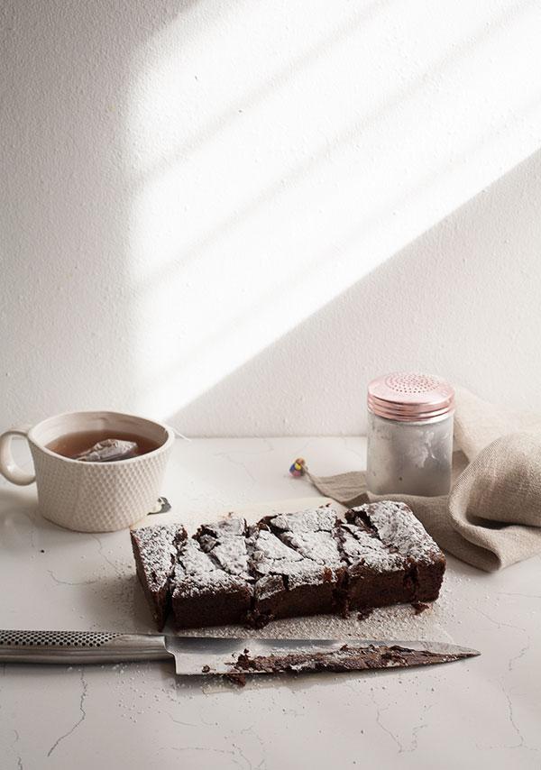 Izy's Swedish Chocolate Cake | www.acozykitchen.com