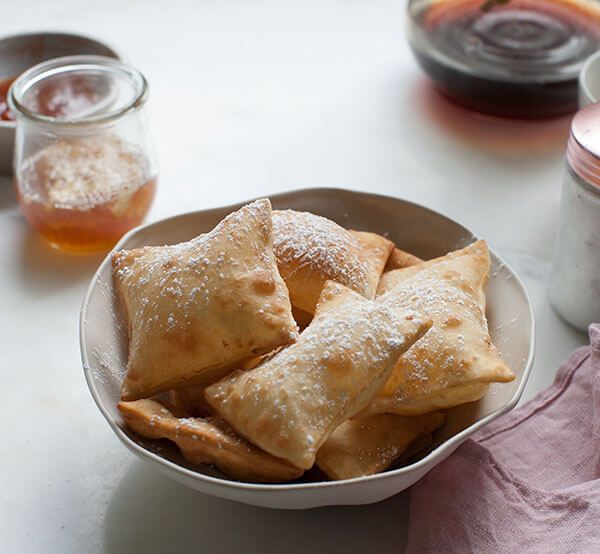New Mexican-Style Sopapillas with Honey – A Cozy Kitchen