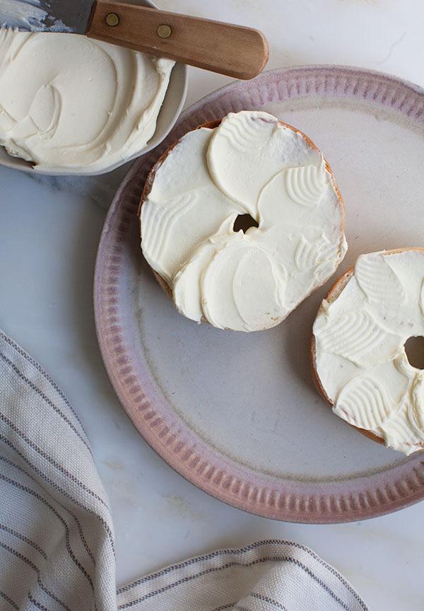 How to Make Homemade Cream Cheese